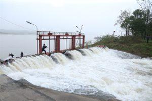 Bộ NN-PTNT quyết định rút ngắn 6 ngày lấy nước